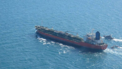 """صورة """"شحنات الوقود للبنان مدفوعة""""… نائبٌ إيراني يكشف التفاصيل!"""