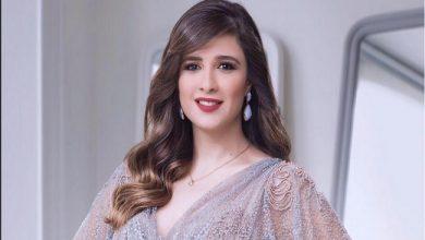 صورة ياسمين عبد العزيز تصل إلى القاهرة وتفاجئ الجمهور بـ منشورها الأول